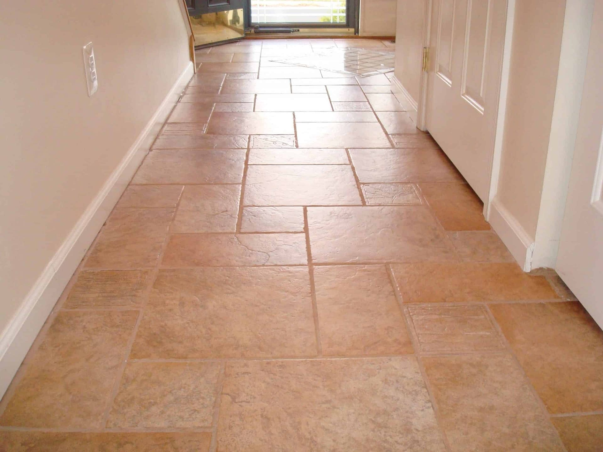 Chalfont, PA tile and grout cleaning