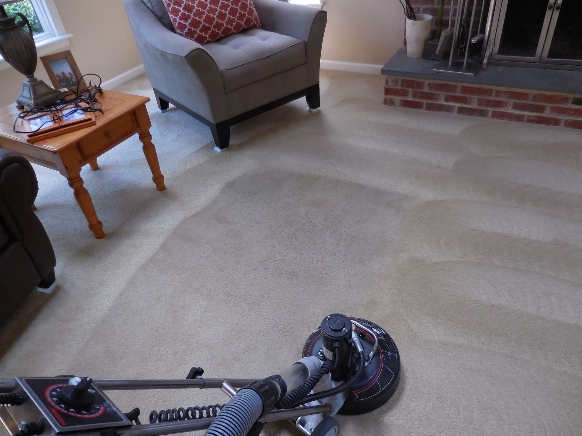 Cleaning carpets in Warrington, PA