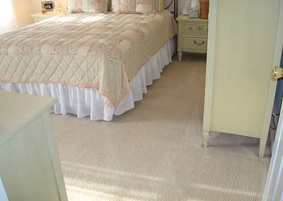 Bedroom carpet cleaning in Macungie, PA