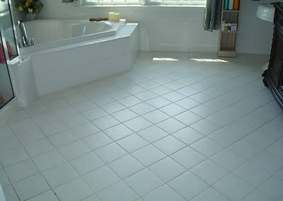 Bathroom floor tile cleaning in Coopersburg, PA